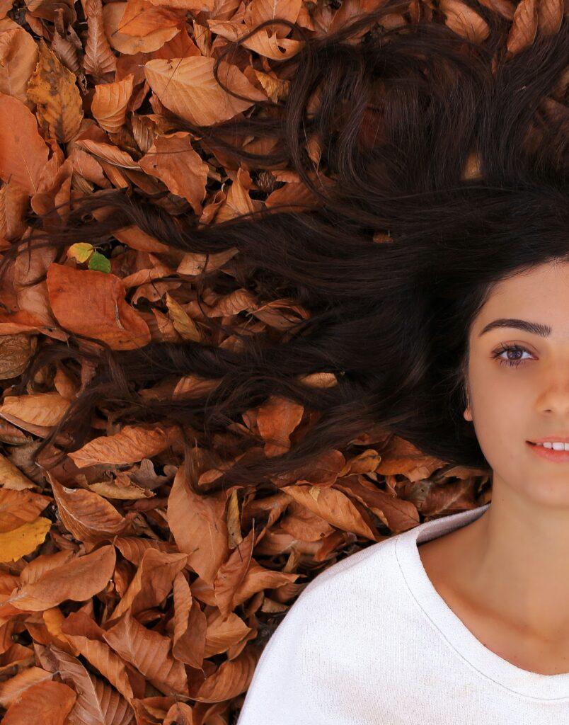perdere i capelli in autunno